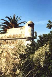Einer von 6 Wachtürmen der 3000 m² großen Festung